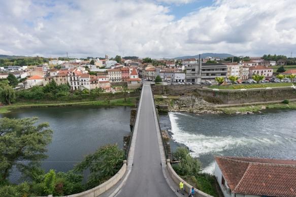 camino-portuguese-day-2-vilarinho-to-barcelos-in-the-rain_43661653125_o